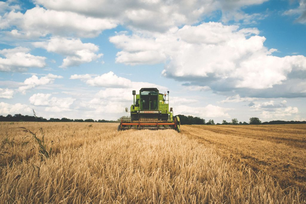 Harvester, tipper truck rental